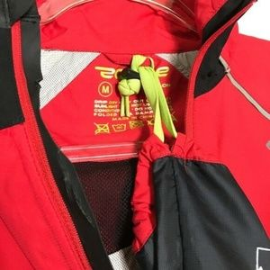 Endura Jackets & Coats - NEW Endura Helium Waterproof Cycling Rain Jacket M